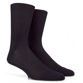 Black socks for sensitive legs
